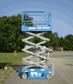 Where to rent SCISSOR LIFT - GENIE GS-1930 in Old Town ME