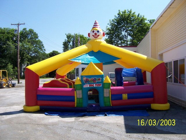 Where to find BOUNCE HOUSE - BIG TOP 18X21 in Old Town
