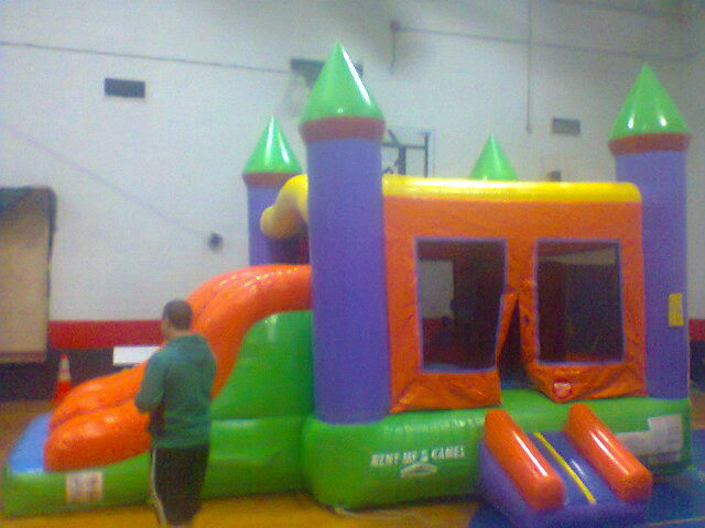 Where to find BOUNCE TENT 15X20 COMBO W SLIDES in Old Town